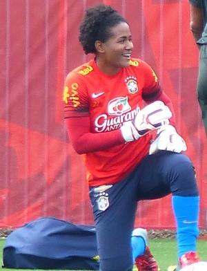 Luciana - goleira da seleção brasileira (Foto: Cíntia Barlem)