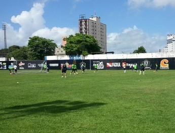Remo realizou um treino tático na manhã de hoje (Foto: GloboEsporte.com)