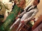 Segurança reforçada apreende celulares no casamento de Latino