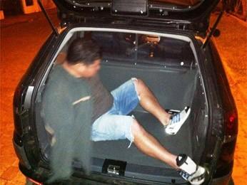 Homem é preso após fugir com enteada e mantê-la em cárcere privado (Foto: Divulgação/ Polícia Civil)