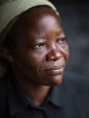 Irmã Angélique Namaika é a vencedora do Prêmio Nansen 2013 (Foto: Acnur/B. Sokol)