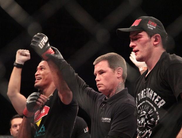 MMA - UFC Jaguará do Sul - Ildemar Marajó x Albert Tumenov (Foto: Rodrigo Malinverni)