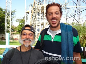 Bate papo animado com  Raul Barreto, que interpreta o Izidoro (Foto: Meu Pedacinho de Chão/TV Globo)