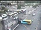 Duas pessoas ficam feridas em acidente no Centro do Rio