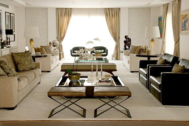 D cor do dia luxo em espa o funcional casa vogue for Sala de estar funcional