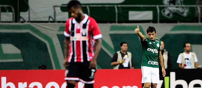 robinho PALMEIRAS X SÃO PAULO - ARENA PALMEIRAS (Foto: Marcos Ribolli)