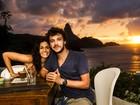 Maria Flor faz par romântico com Jayme Matarazzo e grava cenas em Noronha