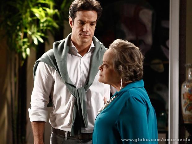Eudóxia diz a Márcia e Valdirene que o inferno está só começando para elas (Foto: Amor à Vida / TV Globo)