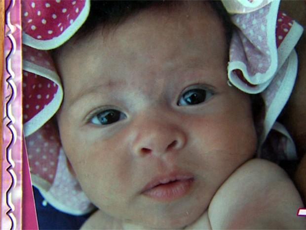 Lorenna Cordeio Thimóteo foi agredida com paulada na cabeça no colo da mãe (Foto: Reprodução/EPTV)