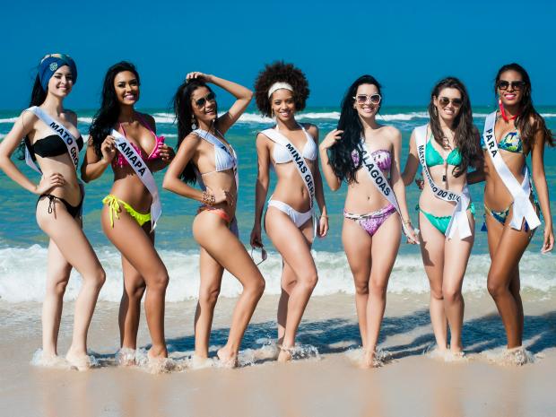Candidatas conheceram as praias de Aracati e Canoa Quebrada (Foto: Lucas Ismael/Band)