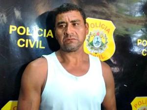 Neves diz que vítima assediava suas filhas  (Foto: Aline Nascimento/G1)