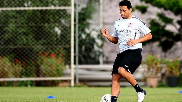 Maldonado treino Corinthians (Foto: Marcos Ribolli / Globoesporte.com)