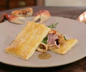 Bisque de caranguejo com caçarola de frutos do mar