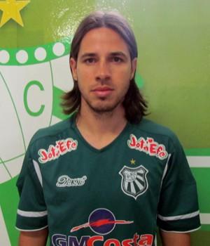O atacante Lucas Biselli já foi apresentado (Foto: Assessoria Imprensa Caldense)