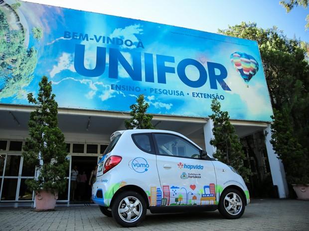 O uso de carros elétricos tem sido alvo de pesquisas, desenvolvidas pelo Laboratório de Pesquisa Inovação em Cidades (Lapin) da Unifor  (Foto:  Ares Soares/Unifor)