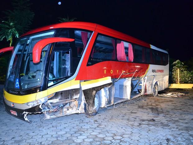 Passageiro de 20 anos teria tentado capotar o veículo, em luta com o motorista (Foto: Arquivo Pessoal)