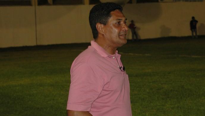 Flávio Barros, técnico do Sousa (Foto: Richardson Gray/Globoesporte.com/pb)