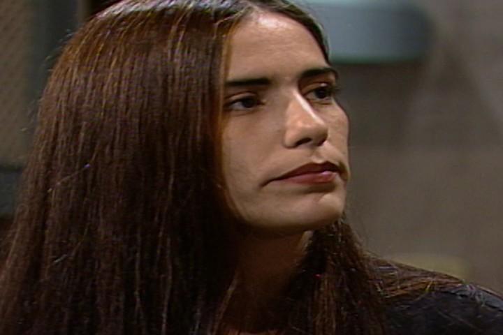 Ruth volta para Pontal e diz a Floriano que no quer mais saber de Marcos  (Foto: reproduo/viva)
