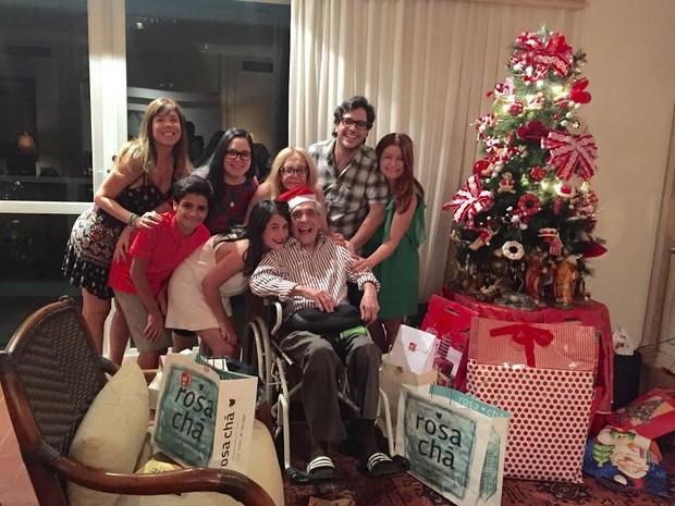 Lúcio Mauro reunido com a família no Natal (Foto: Arquivo pessoal)