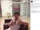 Netinho posta foto em hospital e tranquiliza fãs