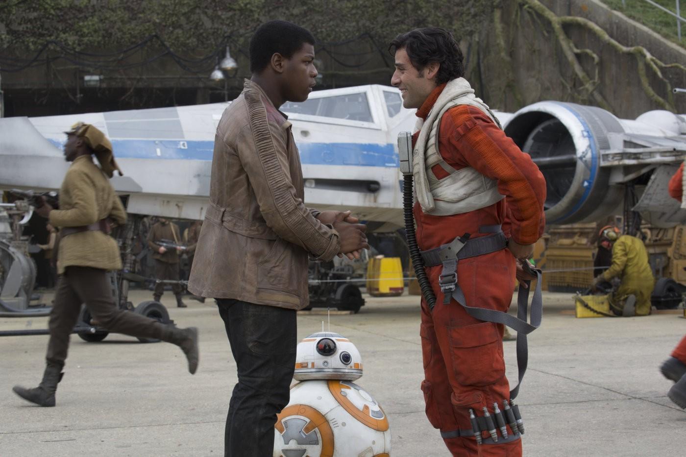 Finn e Poe Dameron em O Despertar da Força (Foto: Divulgação)