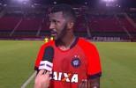 """Douglas Coutinho fala sobre o diferencial no Barradão: """"Sabiamos a proposta de jogo"""""""