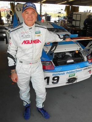 Aos 57 anos, Eliseo Salazar disputa as 24 Horas de Daytona (Foto: Fred Sabino / SporTV.com)