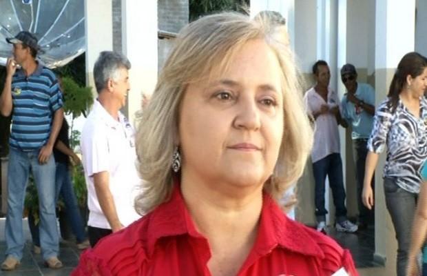 Etelia Vanja foi eleita como nova prefeita de São Domingos, em Goiás com 14 votos de diferença (Foto: Reprodução / TV Anhanguera)