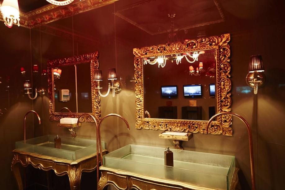 Inspirese na decoração dos banheiros de baladas e restaurantes  GQ  Design -> Decoracao De Banheiros De Restaurantes
