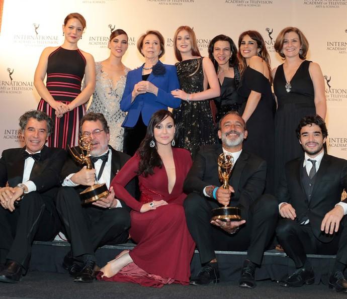 Elenco de 'Império' e de 'Doce de Mãe' no Emmy Internacional 2015 (Foto: TV Globo/ Luiz C. Ribeiro)