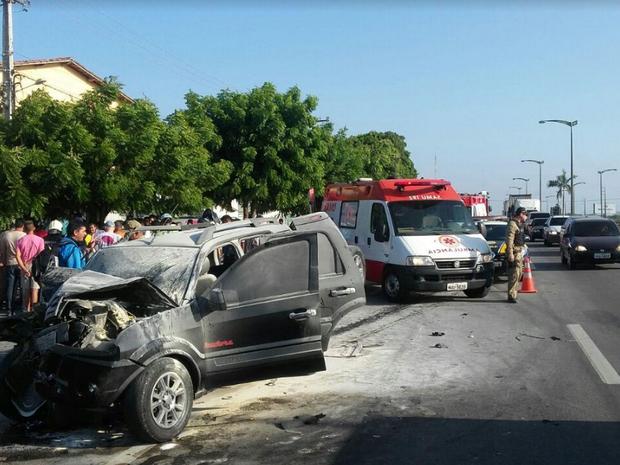 Primeiras informações da PRF-CE apontam que um veículo se envolveu no acidente (Foto: PRF-CE)