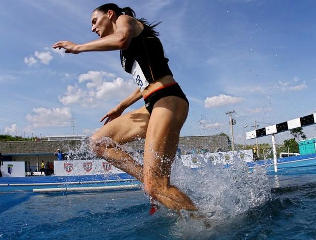 Sabine Heitiling (Unisc-RS), ouro nos 3000m com obstáculos nas Olimpíadas Universitárias 2011 (Foto: Wander Roberto / Inovafoto)