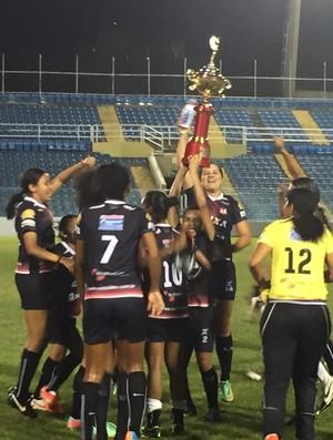 Caucaia x Juventus PV Cearense Feminino troféu (Foto: Manuella Viana/Divulgação)