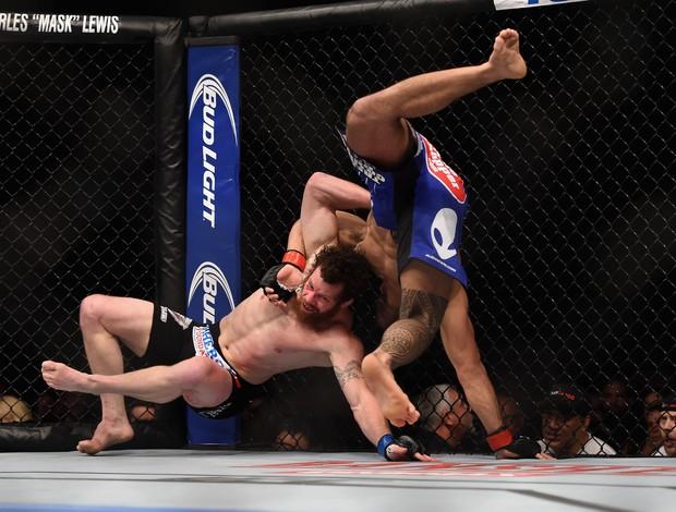 Brad Tavares x Nate Marquardt - UFC 182 (Foto: GettyImages)