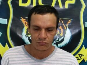 Homem foi enacaminhado à Cadeia Pública (Foto: Divulgação/Dicap)