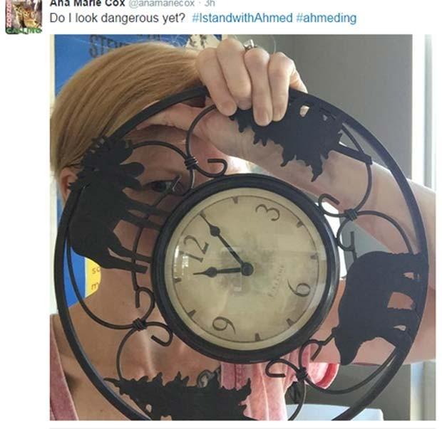Usuária publica foto com relógio ironizando a prisão de Ahmed (Foto: Reprodução/ Twitter/ Ana Marie Cox)