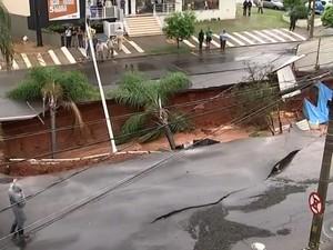 Trecho será interditado por tempo indeterminado. Rio Preto (Foto: Reprodução/TV TEM)