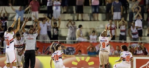 Jogadores comemoram vitória diante do Mogi Mirim (Foto: Thiago Calil/Ag. Botafogo)