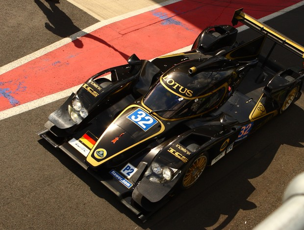 O Lotus da classe LMP2 guiado por Vitantonio Liuzzi, ex-piloto de Fórmula 1 (Foto: Divulgação)