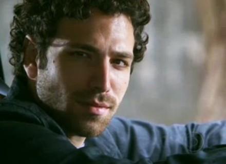 Namorado de Tammy Di Calafiori atua como amante de Stela (Maitê Proença)