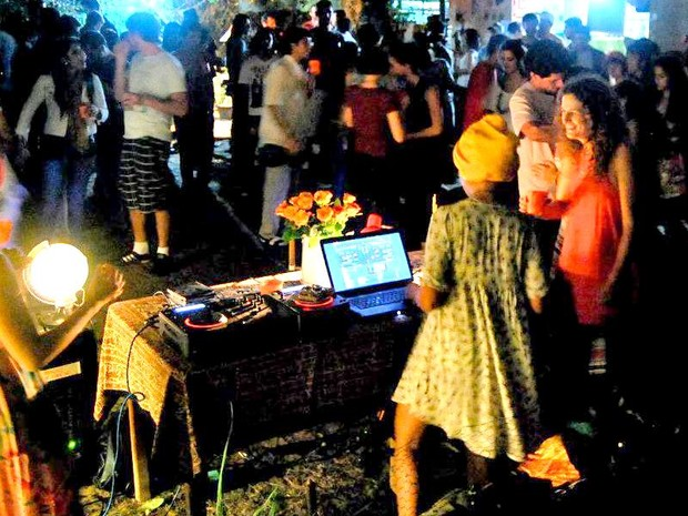 Piracicaba tem sarau erótico e discotecagem durante Carnaval (Foto: MaVi Vasconcelos/ Coletivo Piracema)