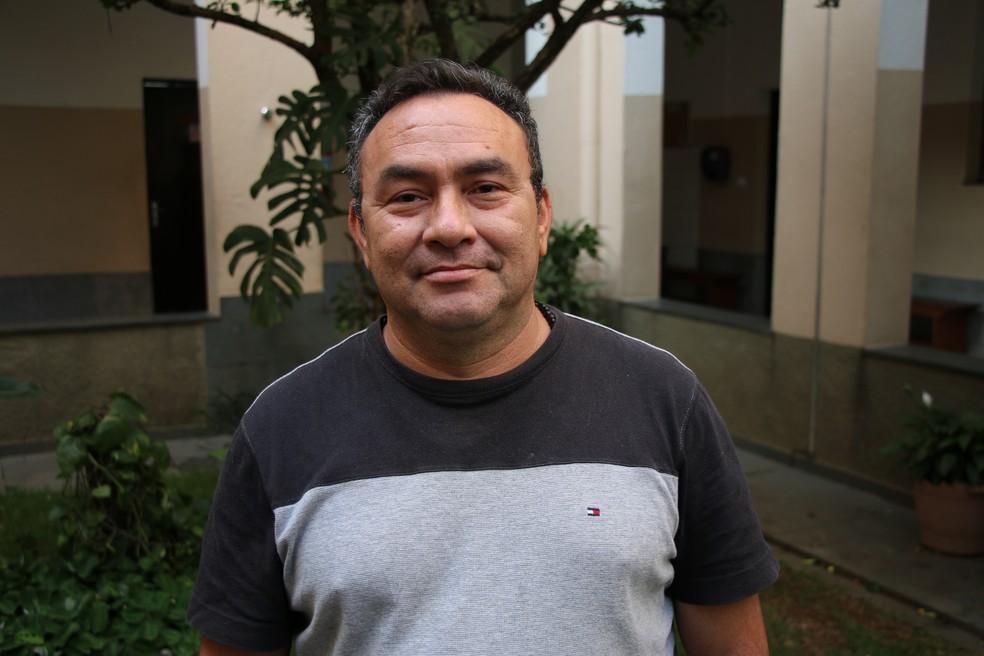 Edison Hijam, de 48 anos, está há seis meses no Brasil  (Foto: Viviane Sousa/ Globonews)