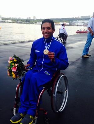 Luis Carlos Cardoso é campeão em Moscou (Foto: Divulgação / HoopSports)