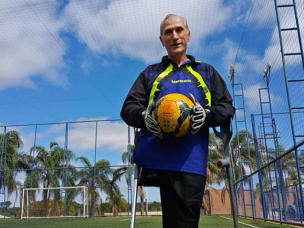 O músico Jairo Blank, após jogo de futebol em Brasília (Foto: Raquel Morais/G1)