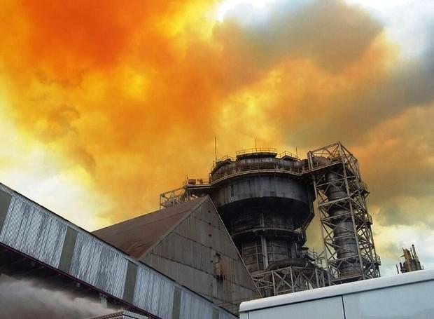Explosão aconteceu em empresa de Cubatão nesta quinta-feira (Foto: Divulgação/Corpo de Bombeiros)