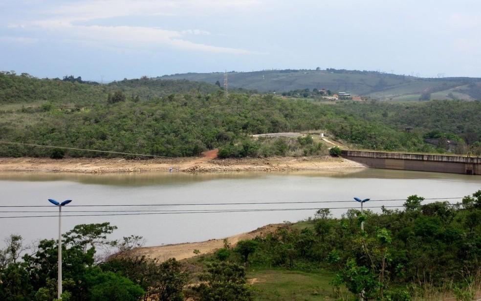 Barragem do Descoberto, quando atingiu 20% em novembro de 2016 (Foto: Alexandre Bastos/G1)