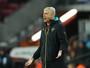 Wenger critica valores envolvidos na possível chegada de Pogba ao United