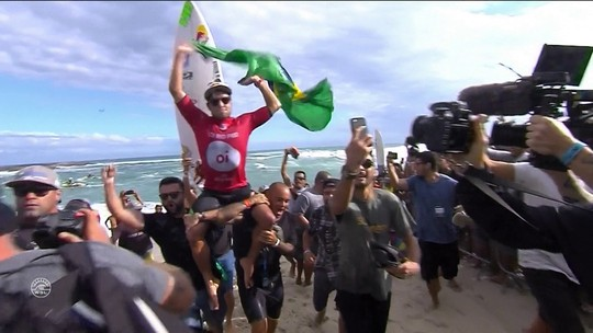 Adriano de Souza retorna às suas origens em documentário inédito