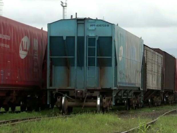 Ferrovias podem ser opção para melhorar trânsito no acesso ao Porto (Foto: Reprodução/TV Tribuna)