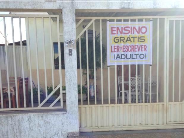 Patos de Minas educação alfabetização adultos (Foto: Vinícius de Salles)